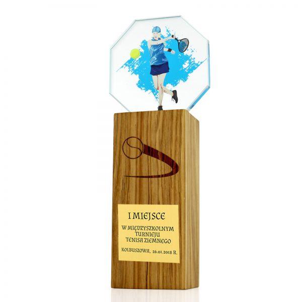 Statuetka okolicznościowa ze szkła i drewna- tenis ziemny