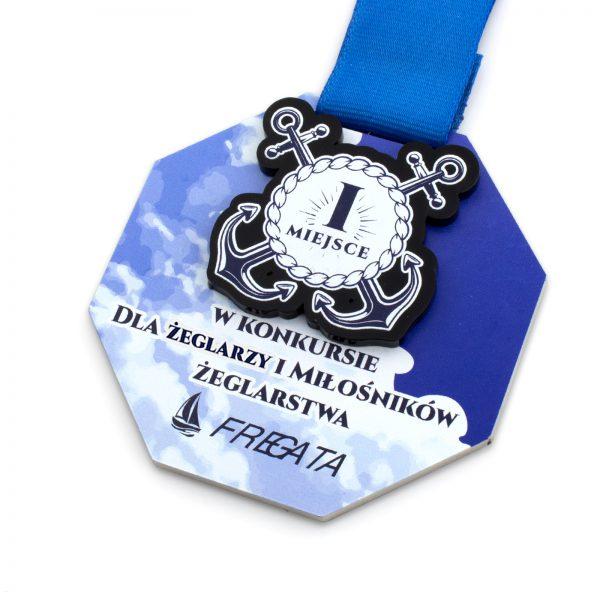 Metalowy medal z kolorowym nadrukiem – najlepszy żeglarz