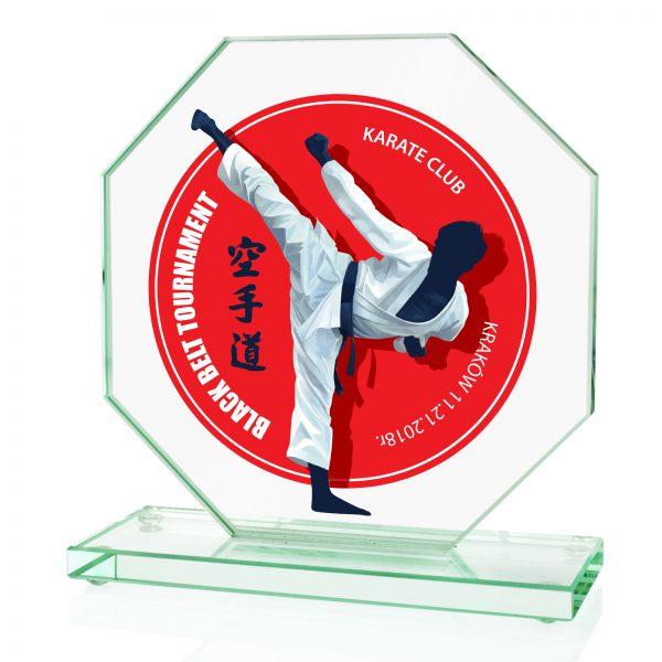 Szklana statuetka na postumencie z nadrukiem na zawody karate
