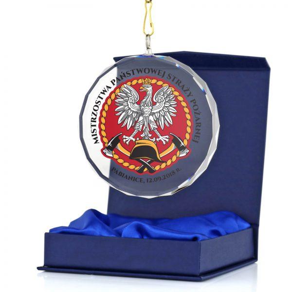 Szklany medal z nadrukiem dla strażaka za zasługi