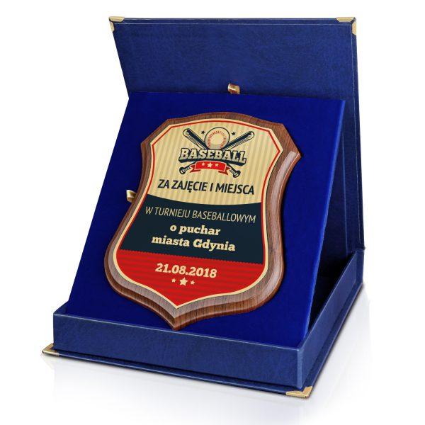 Certyfikat na drewnianym podkładzie z nadrukiem na zawody baseballowe