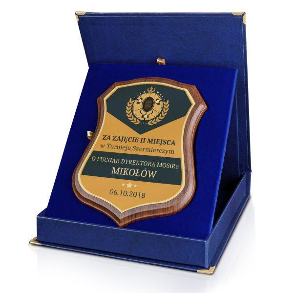 Certyfikat na drewnianym podkładzie z nadrukiem na turniej szermierki