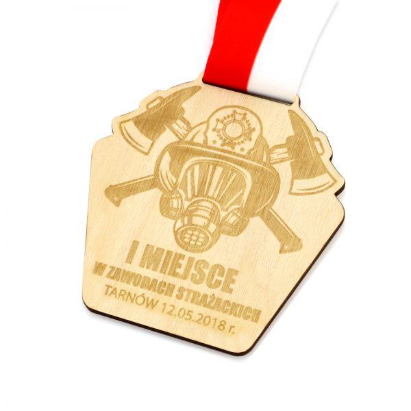 Medal ze sklejki z grawerem na zawody strażackie