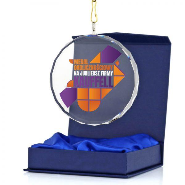 Szklany medal z nadrukiem na Jubileusz firmy
