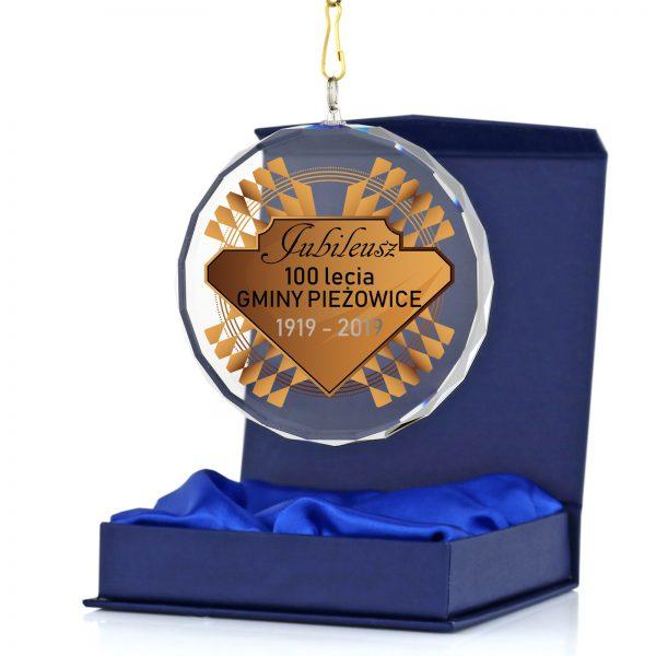 Medal szklany z okazji Jubileuszu 100-lecia gminy