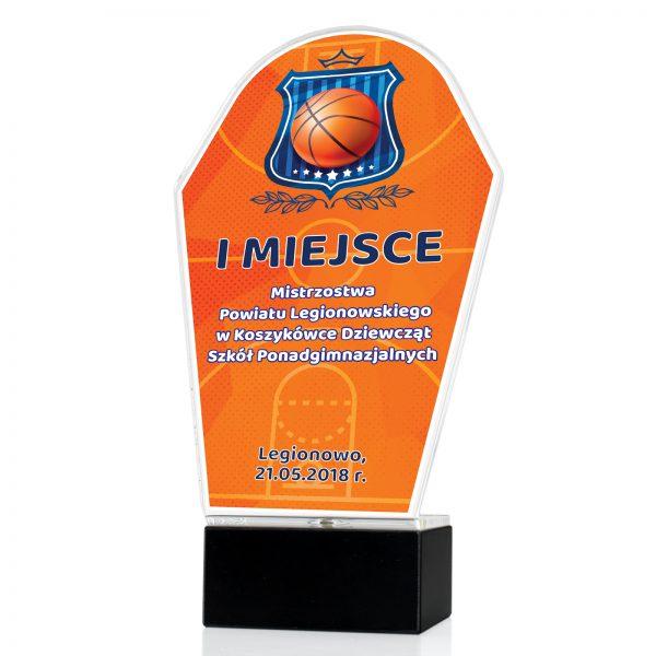 Statuetka z pleksi na postumencie na mistrzostwa w koszykówce