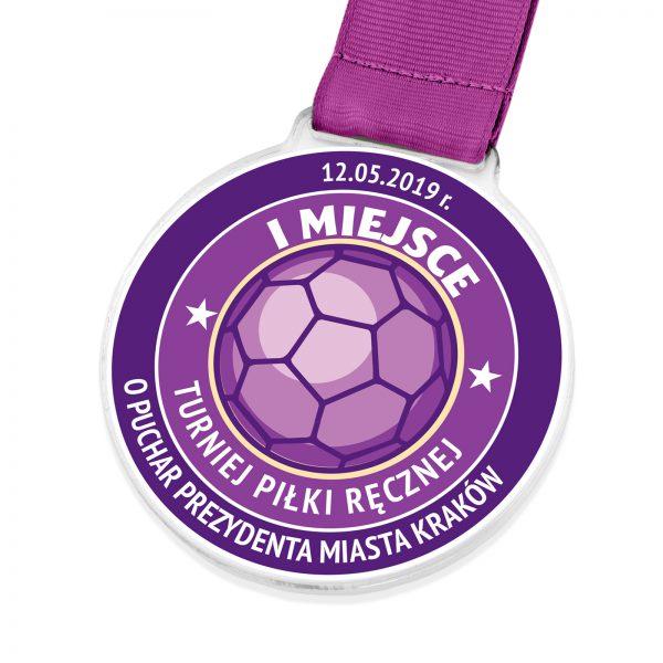 Medal z przeźroczystej pleksi na turniej Piłki Ręcznej