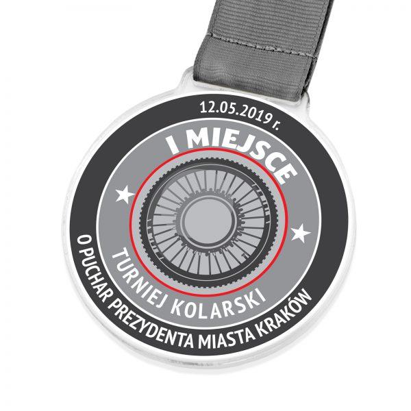 Medal sportowy z pleksi na turniej kolarski