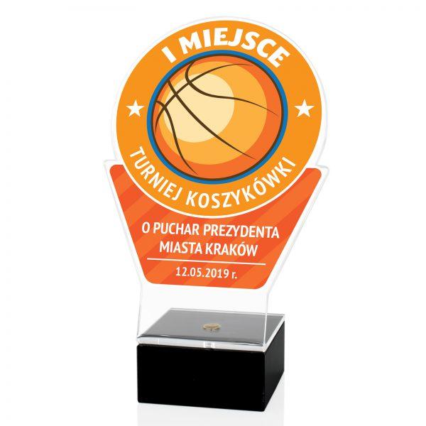 Statuetka z pleksi na marmurowym postumencie na turniej koszykówki