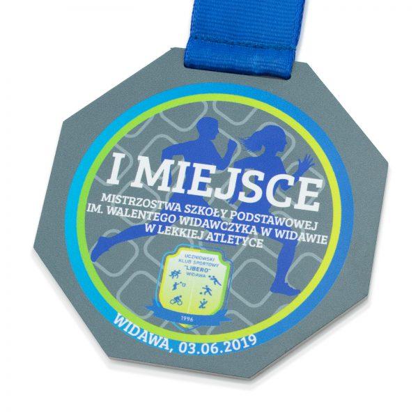 Metalowy medal z nadrukiem dla dzieci na mistrzostwa szkół podstawowych