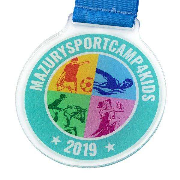 Medal z pleksi na obóz sportowy dla dzieci Mazurysportcamp 4kids