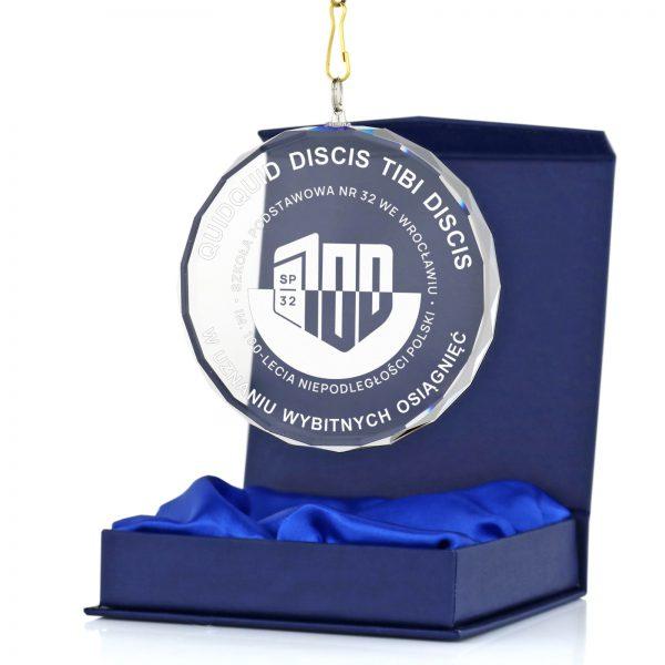 Szklany medal z nadrukiem za Szkolne Osiągnięcia Sportowe