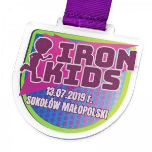 medal na zamówienie z pleksi dla przedszkolaków