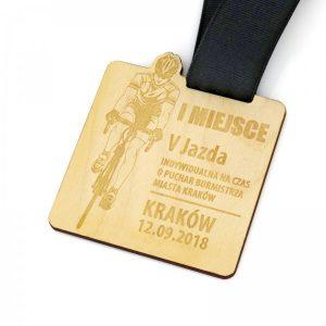 medal drewniany z grawerem różne kształty