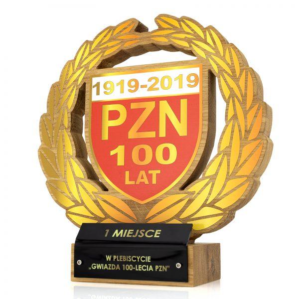 "Elegancka drewniana statuetka ""Gwiazda 100-lecia"" dla PZN"