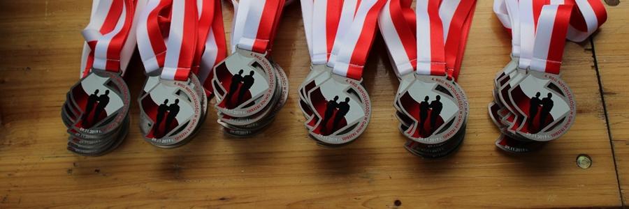 medale okolicznościowe na bieg niepodległości