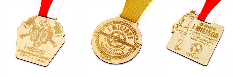 producent medali z drewna