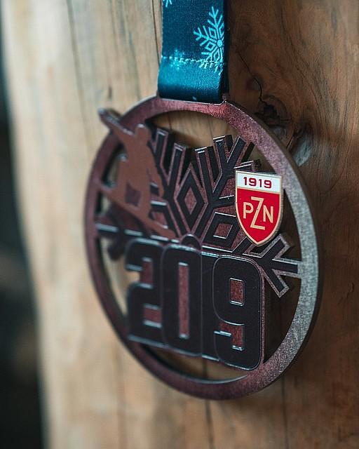medal metalowy na zawody w snowboardzie dla pzn