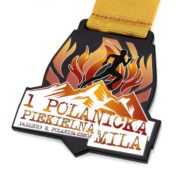 Medal biegowy z czarnej pleksi z nadrukiem Polanica-Zdrój